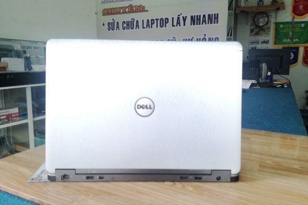 laptop-dell-latitude-e7440-gia-re